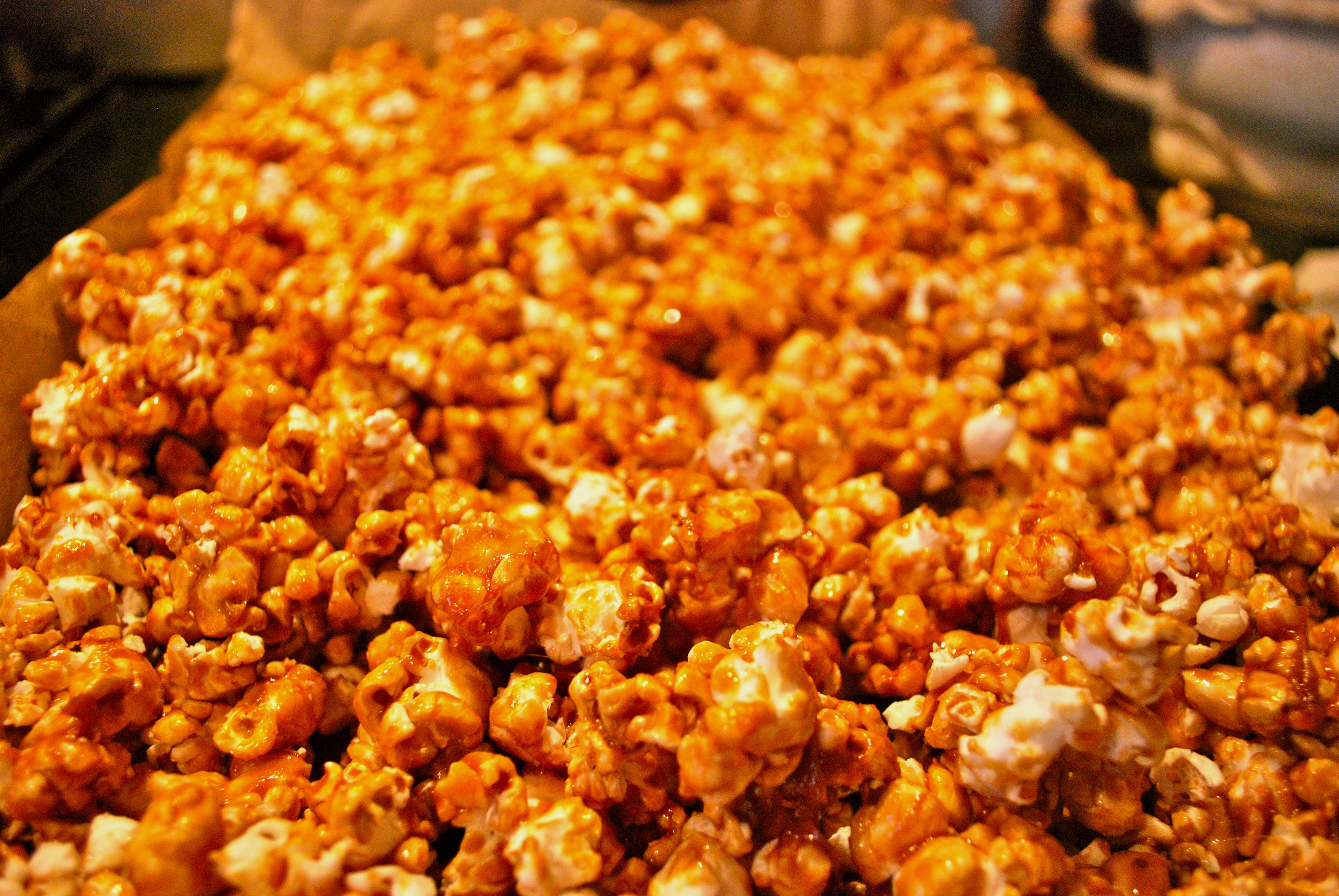 Caramel Corn | The baKING Way!